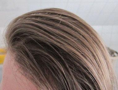 nach einem Tag, ohne Schaumfestiger oder Haarspray sehr viel Volumen im Haar