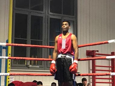 Swissan Jeganathan (BOXING TEAM ITTIGEN) in seinem 2. Amateurkampf bis 75Kg, dass 1. Mal bei der Elite über 3x3 Minuten. SA 17.02.2018 Bärn Boxt! Matte-Bern