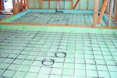 蓄熱床-蓄熱-床暖-床暖房