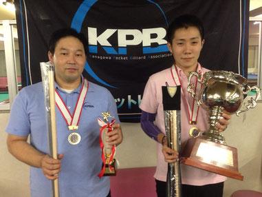 左:2位丸岡良輔、右:優勝小川徳郎 ※写真は全てKPBA