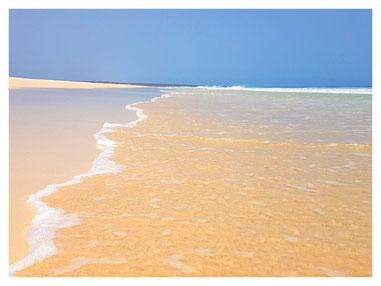Praia Santa Mónica auf der Land & Sea Tour Tour mit Boa Vista Tours