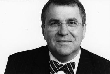 Dr. Kurt Schreiner