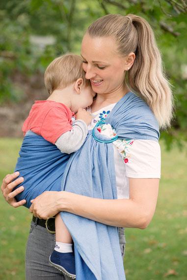 Huckepack Ring Sling - tragen von Neugeborenen und Kleinkindern. Hüfttrage