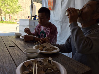 ホタテも牡蠣もまいうーー