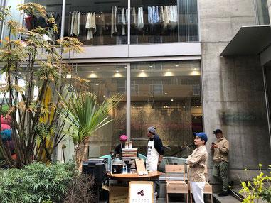 初日は糸島のハニーcoffeeさんも出店。