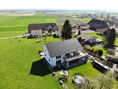 Soltermann Solar GmbH Fraubrunnen - Linkfoto Anlagebeispiele Ein- und Mehrfamilienhäuser