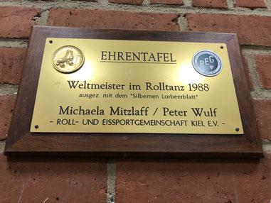 Ehrentafel Weltmeister Rolltanz 1988, REG Kiel e.V. - Michaela Mitzlaff und Peter Wulf