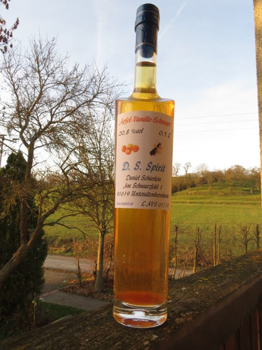 Apfel-Vanille-Schnaps