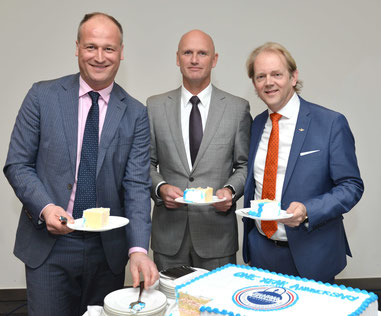 L > R: Jonas van Stekelenburg, Cargo Director Amsterdam Airport  /  Sebastian Scholte, Jan de Rijk Logistics CEO  /  Kester Meijer, Director Operational Integrity, Compliance & Safety, Air France-KLM Cargo