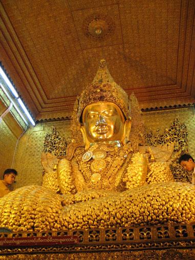 Der Mahamun-Buddha im heutigen Mandalay