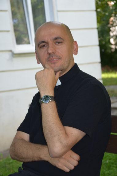 Provisor Pawel Marniak