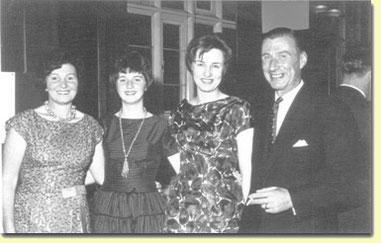 D'esquerra a dreta: Nora, Mary, Sheila i Frank Doel