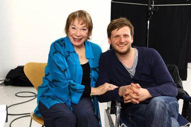 Dennis Gansel mit Shirley Mclaine