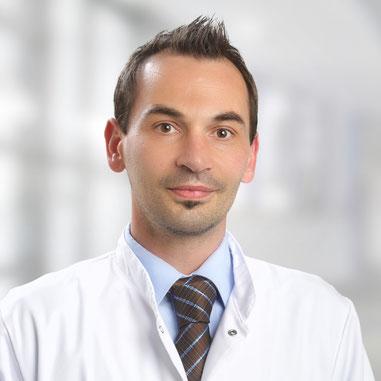 Dr. Sven Kolfenbach ist Chefarzt der Klinik für Innere Medizin an der Helios-Klinik Burg. Foto: Thomas Oberländer, Helios Kliniken