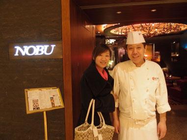 美味しかった料理に大満足の愛ちゃんは小林さんとハイポ~ズ!