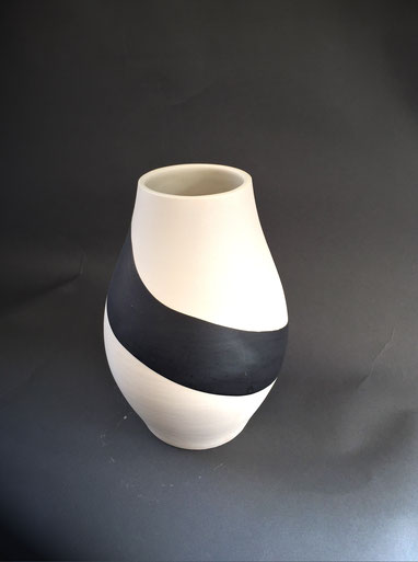 Vase porcelaine H18 cm