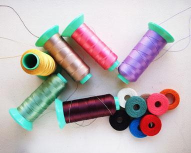 レザークラフトで使う縫い糸、麻糸、ミシン糸