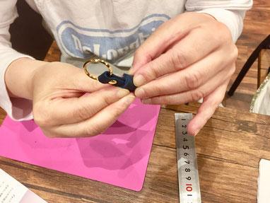 ヨコハマセリエ レザークラフト名古屋教室作業