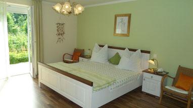 Ferienhaus Schlafzimmer am Chiemsee ohne WLAN, mobilfunkarm, kein Esmog
