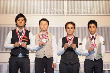 A級。左から、3位小川洋平(埼玉)、2位増渕享士(東京)、優勝中村竜二(兵庫)、3位稲見厚史(東京)