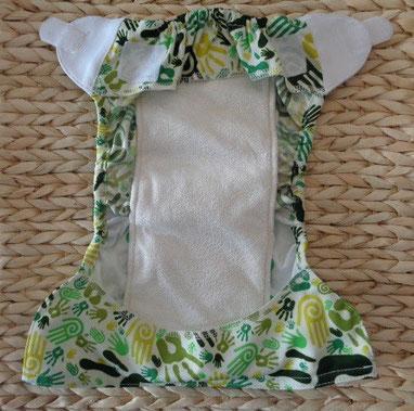 culotte de protection imperméable pour couches lavables en PUL imperméable Baby wizard avec 2 rabats et son insert posé