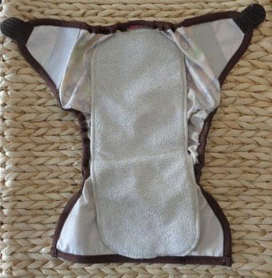 culotte de protection pour couches lavables en PUL imperméable Blueberry et son insert posé