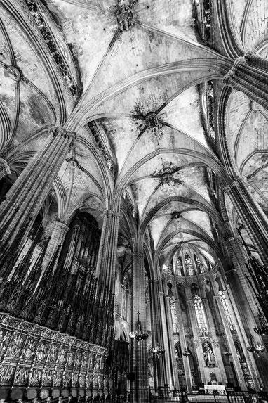 La navata centrale di Sant'Eulalia a Barcellona