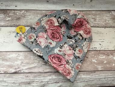 Beanie Mütze Rosen Blumen handgemacht Handarbeit handmade SaSch Selbstgefertigtes aus Schwaben