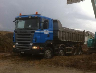 LKW Scania 8x4 Hackengerät