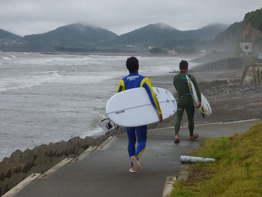 平川プロはどんな波でも入られます。