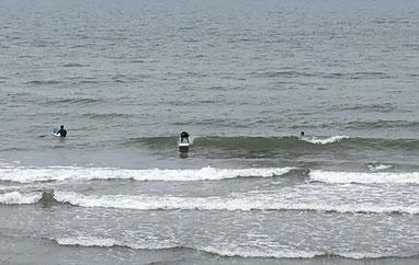意外に浮力系は普通に乗れる波でした。TS写真ありがと~