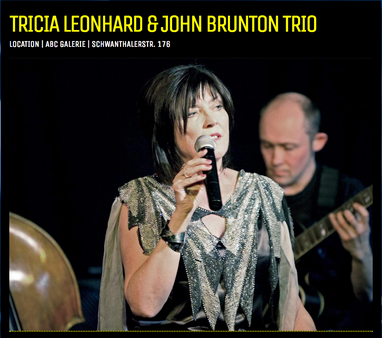Trio, Tricia Leonard (Gesang), John Brunton (Gitarre) und Charly Thomass - ABC Westside Galerie