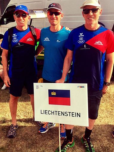 Team LIE an der Eröffnungsfeier: vlnr Michael Schädler, Daniel Gassner, Philip Schädler