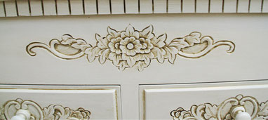 Upcycling Truhe, Eiche rustikal in weiß Shabby Chic