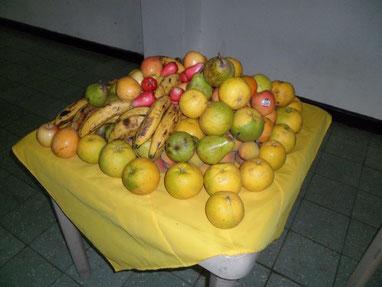 Siempre acompañados con muy buenas frutas, la mayoría producidas en la región, mantuvimos una postura acorde con nuestros sentimientos y acciones ecológicas.