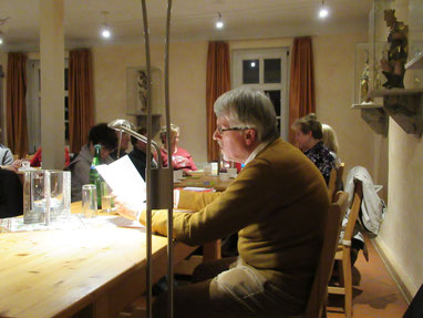 Georg Steiger während der Lesung im Pfarrhaus in Gebesee. Foto: Anna-Maria Meussling
