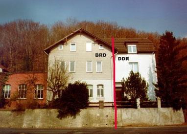 Grenzziehung mitten durch die Hoßfeldsche Druckerei (Philippsthal-Vacha) bis 1976 (dieses Foto wurde nach der Wende aufgenommen).