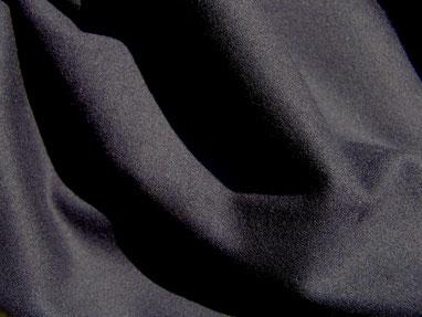 Woll-Gabardine in schwarz