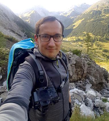 hiking lech lechtaler alpen tirol selfie peak design capture clip tamron2875 sony a7r2 a7rII