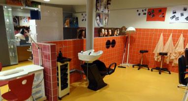 Berufsorientierung wird an der Oosterwolder Schule großgeschrieben. Hier gibt es sogar einen Friseursalon. Foto: Ulrichs