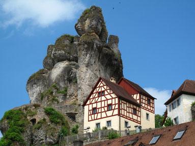 Fachwerk und Felsen in Pottenstein
