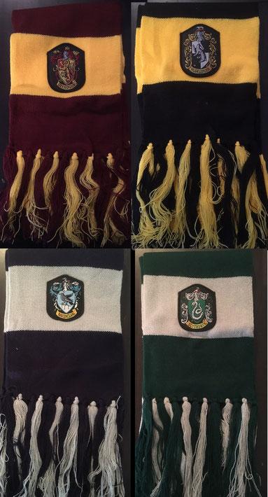 1 von 4 verschiedenen Hogwarts-Schals