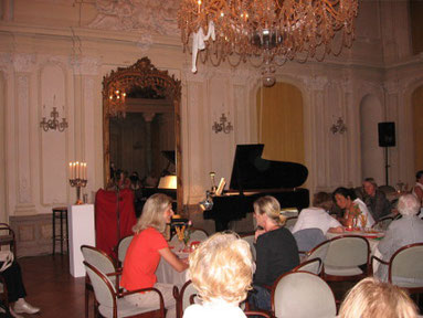 """Lesung """"Herr Mozart wacht auf"""", Schloss Morsbroich"""