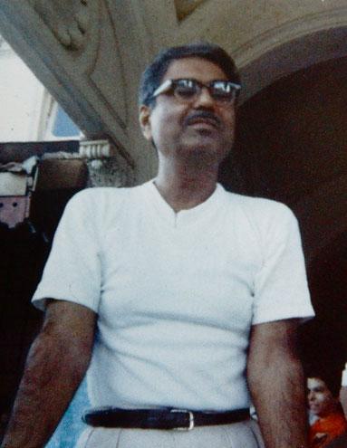 1969 Darshan programme at Guruprasad, Poona, India