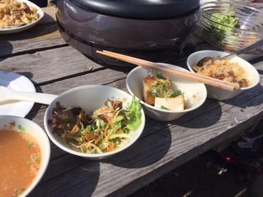 今日は、焼き飯、サラダ、スープ、厚揚げネギ醤油
