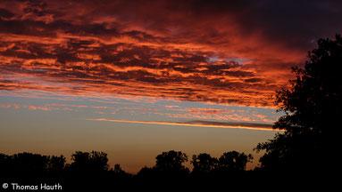 06:10 Uhr: Der Himmel brennt, die Engel flieh´n