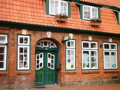 Außenansicht der NABU Natur-, Umwelt- und Abfallberatungsstelle in Lütjenburg
