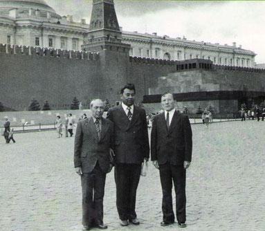 Солдан оңға қарай Алпан Итжанов, Кәмали Дүйсенбеков, Нұрым Сансызбаев.