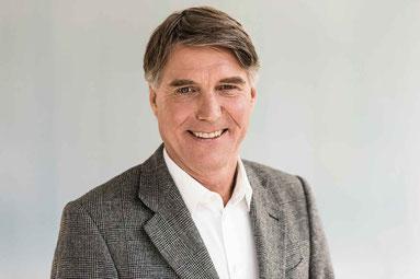 Eckhard Schütt - Fachanwalt für Mietrecht und Experte für Mieterhöhungen