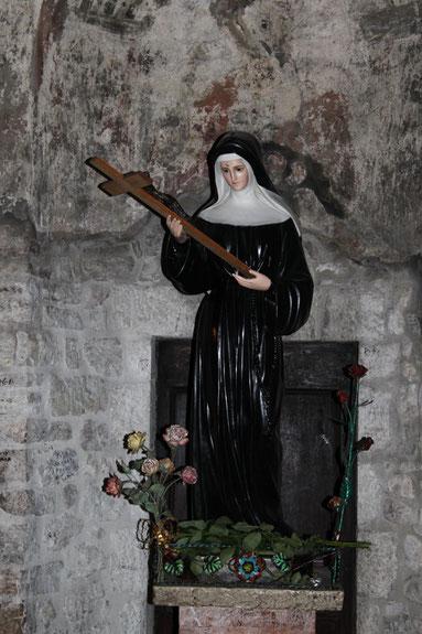 Sainte Rita. Statue Cathédrale de Rouen. Seine Maritime. Photo Isabelle